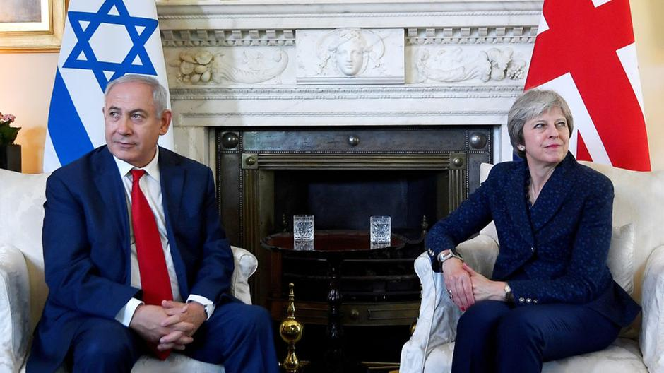 Theresa May and Benjamin Netanyahu at Downing Street on June 6, 2018